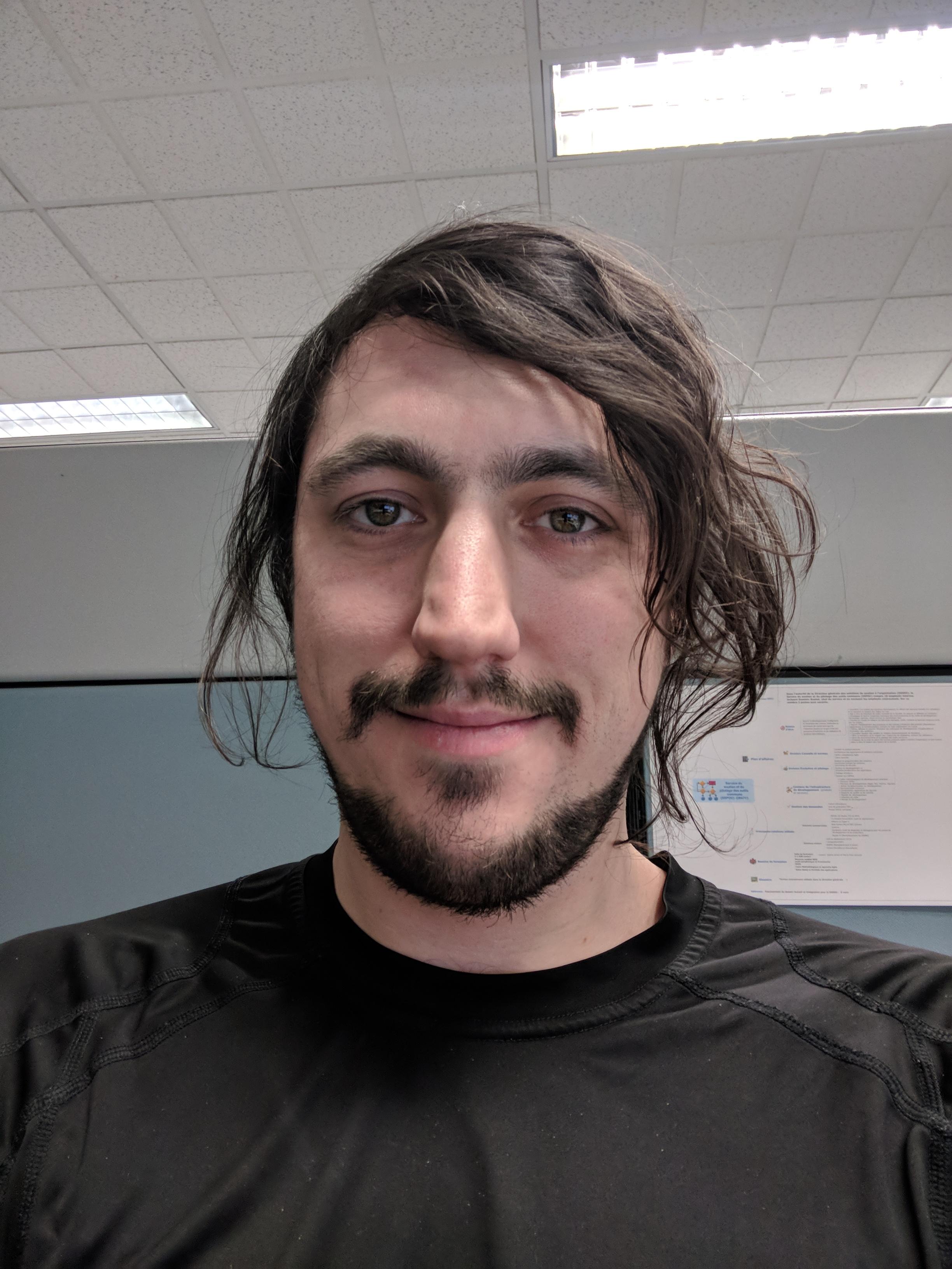 Sylvain Cloutier, Cofondateur et coprésident chez Ezo